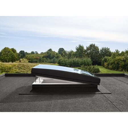 Velux electric flat roof base with curved glass